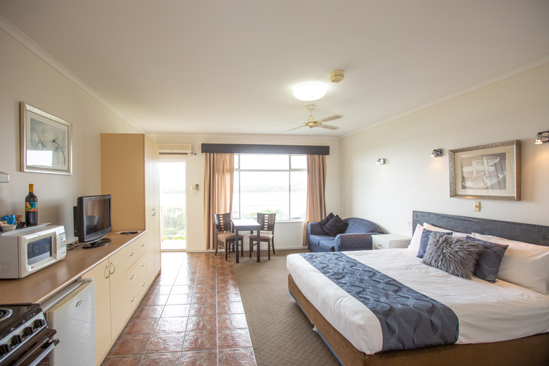 Lakeview Standard double room