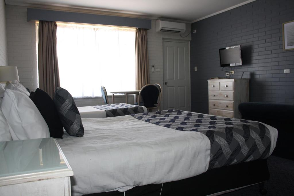 serviced accommodation in robe - robeaccommodation